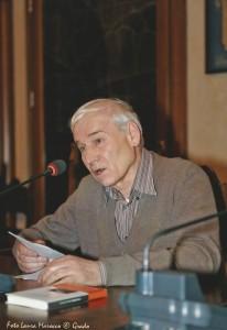 Luciano Cecchinel legge le sue poesie da Sanjut de stràn, il libro di poesia nel dialetto trevisano vincitore del Premio Marin.